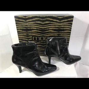 Moda Women's Sz 6.5 Ankle Bootie #A157